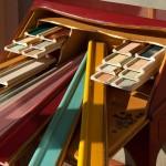 צבעי עץ בעבודת יד